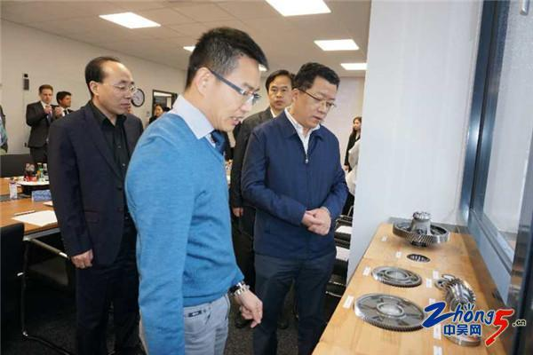 Mayor Ding Chun leads to visit Europe R&D and Testing Center of TechNew Group